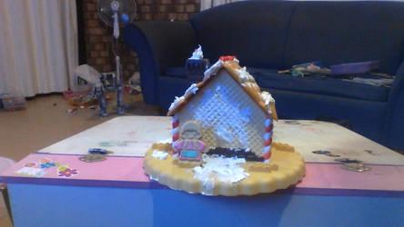 plastic gingerbread house by legochambersecrets