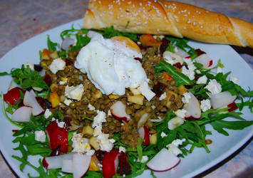Fruity lentil salad with poached eggs by baerin