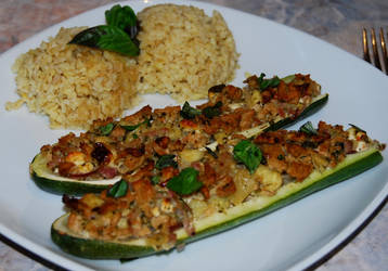 Zucchini with soy chunks and feta cheese by baerin
