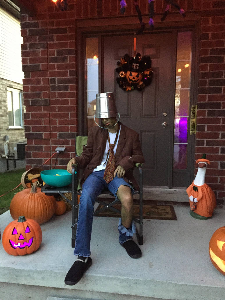 Bucket head zombie by Geoshark12