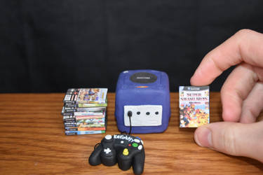 (Tutorial) Miniature Gamecube, Controller, + Games by kerobyx