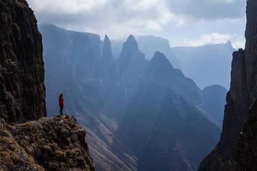 Mnweni Pinnacles  by carlosthe