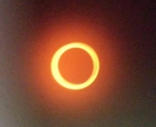 Solar Eclipse redding by HikariShien