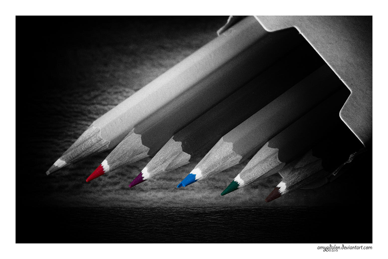 .: the missing colour :. by amygdalon