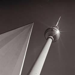 Fernsehturm Noir et blanc by Szylvester