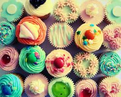 cupcakes. by sodaMay