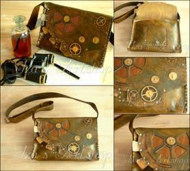 Large steampunk leather bag by izasartshop