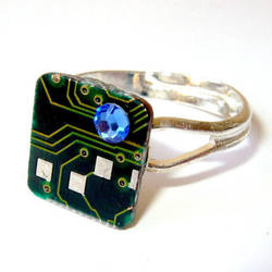 Circuit Board Ring with Customizable Crystal by Techcycle