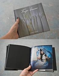 Trajes Blancos Book by uvita