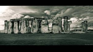Stone Henge by KrisSimon
