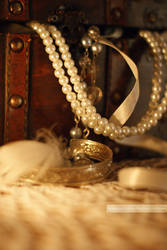 jewelry box by Julanna