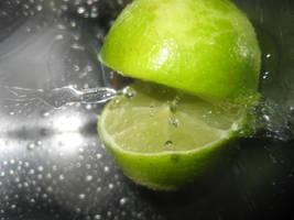 limes like water by LekkerrBloeiend