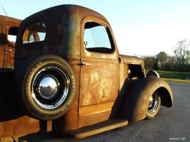 Rusty Rods Side by Side by JerryJclWinnett