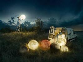 Full Moon Service by alltelleringet