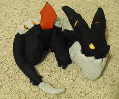 Deathwing plush by Kazulgfox