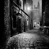 Alley light by KonradJanicki