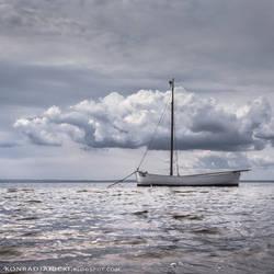 Silver sea by KonradJanicki