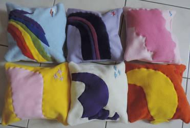 MLP:FIM Pillows by digikijo