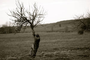 Standing alone by KajiyaEol