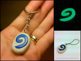 Glow in the Dark Hearthstone Key Chain by Euphyley
