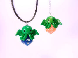 Chibi Cthulhu D20 Necklace by Euphyley