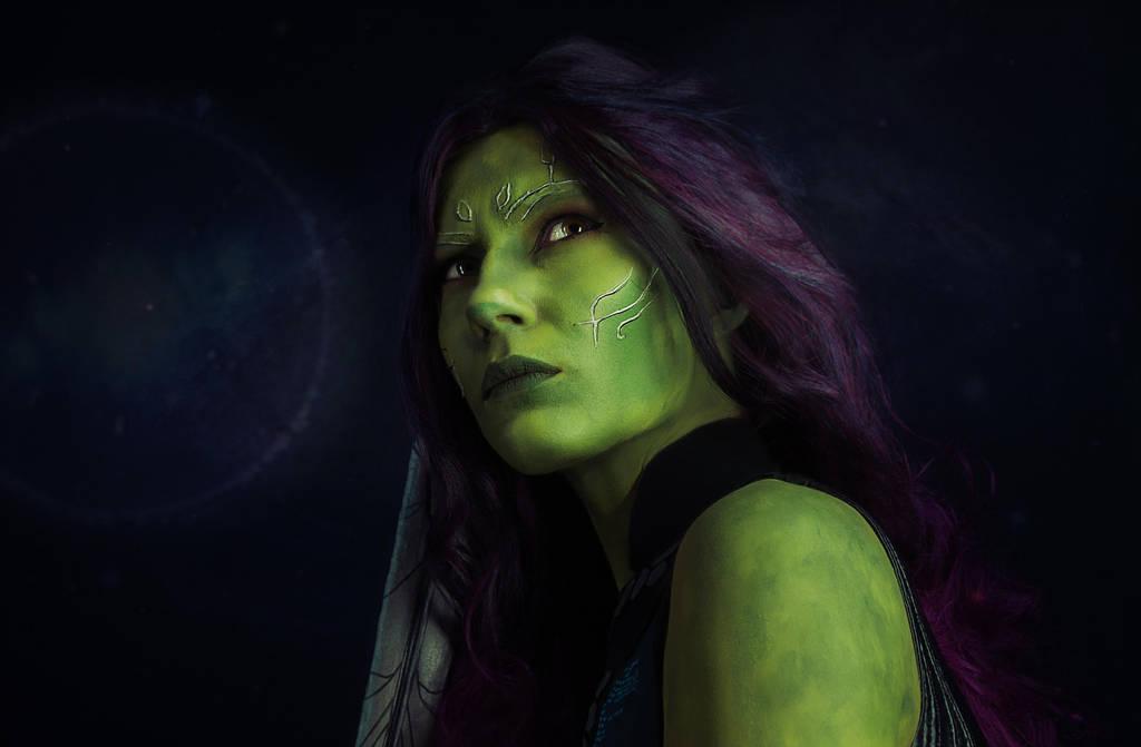 Gamora by LaynesLionRedCat