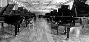An Infinite Row of Pianos by steeber