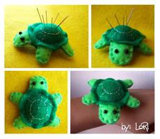 Turtle Pincushion by LoRi-La-Tortuga