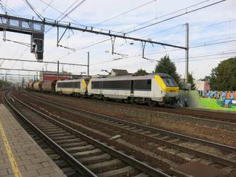 Antwerp B 101014 HLE 13 1305 + 1330 by kanyiko