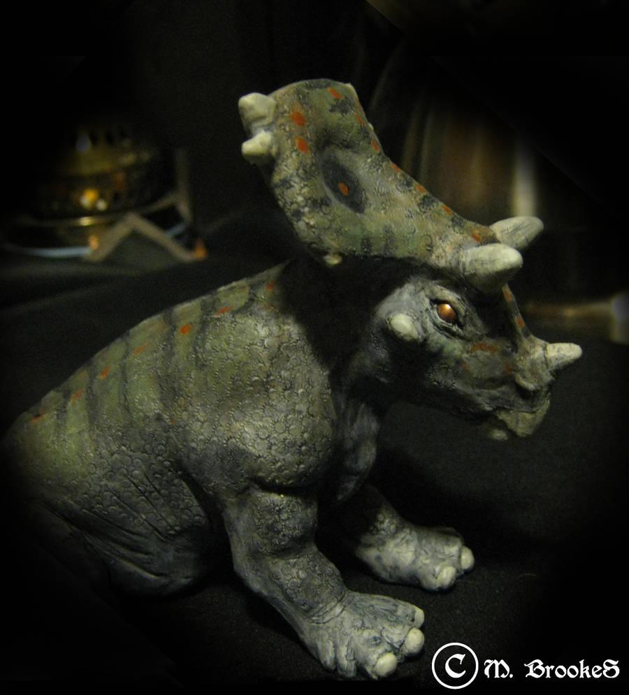 Chasmosaurus Hatchling by she1badelf