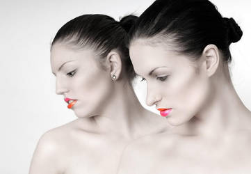 Make up by MorpheneSis