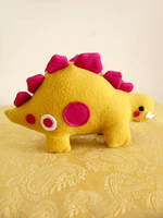 Percy the Mustard Stegosaurus by casscc