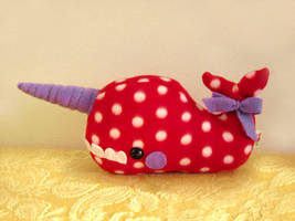 Calbie the Spotted Narwhal by casscc