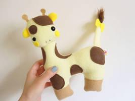 Another Giraffe by casscc