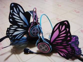 MAGNET Headphones by sakana