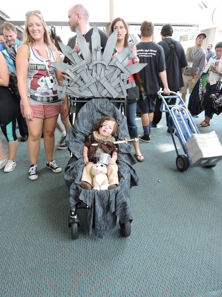 Best GoT Cosplay EVER! by IreneAdler76