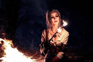 Mesmerising fire... by EL-LY