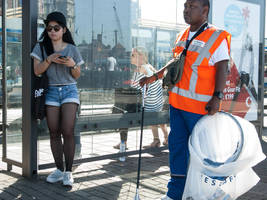 The girl and the street cleaner by steppeland