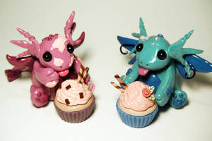 Cupcake Dragons by MaryBunnie