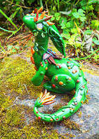 Curious Earth Dragon by MaryBunnie