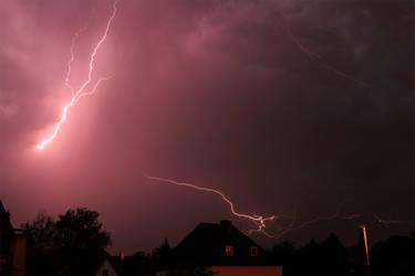 Lightning over Munich #2 by flu0rgfx