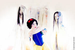 Snow-White in Limbo by NikitaCosplay