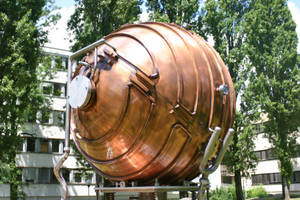 Steampunk Particle Chamber by duplexed