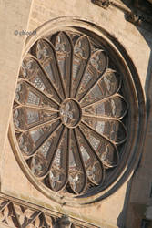 Cathedrale de Beziers by vachebichon