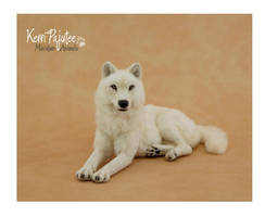 Miniature 1:12 scale White She Wolf by Pajutee