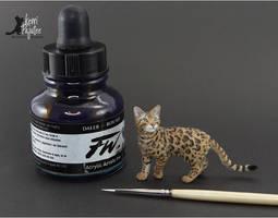 Miniature Bengal Cat sculpture by Pajutee