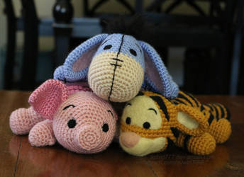No Pooh and Friends by aphid777