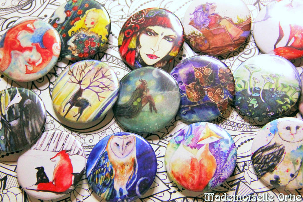 Badges !! by MademoiselleOrtie