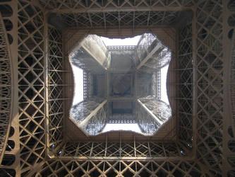 Under the Eiffel Tower by nexu22