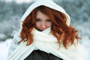 Ninas' winter by polyaray